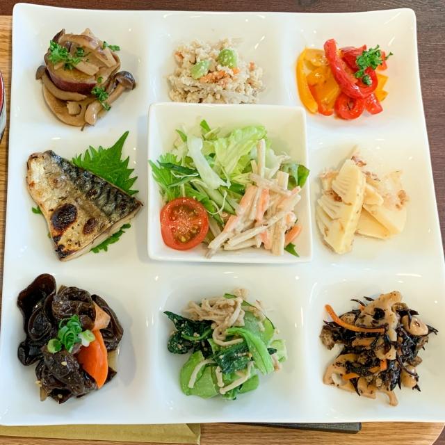 【楽食べ】薬膳とオリーブを融合させた健康食堂『ナカノバ』の体が喜ぶランチ